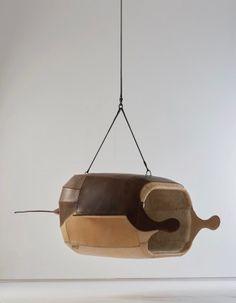 南非設計師Porky Hefer 喜歡從大自然尋找設計靈感,這次的繆思來自於大海深處、海平面和河面會出現的魚及動物,做出一系列動物座椅。  Porky-Hefer-10