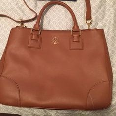 Tory Burch Handbags - Tory Burch Large Double Zip Robinson Tote