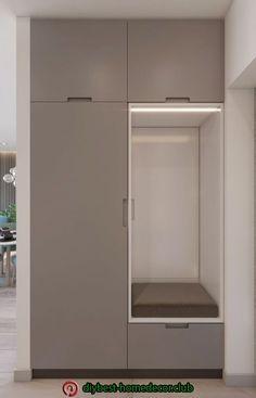 Diy home decor Hall Wardrobe, Wardrobe Door Designs, Wardrobe Design Bedroom, Wardrobe Doors, Home Entrance Decor, House Entrance, Hallway Cupboards, Entry Closet, Flur Design
