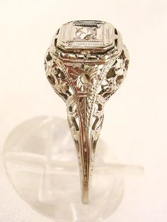Vintage Art Deco 14K Diamond Ring