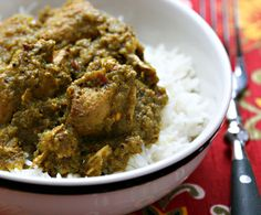 Recipe for slow cooker chicken vindaloo {gluten-free} {http://www.theperfectpantry.com/}