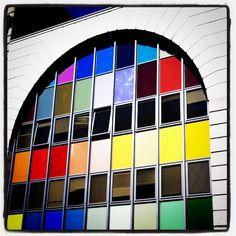 """""""Más #colores ...en la Estación de Autobuses de #Burgos, esperando"""""""