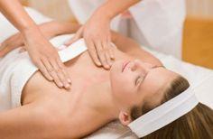 Decollete massage