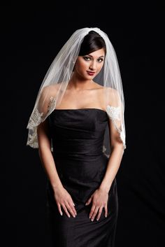 "Toni Federici Waist length veil with Alencon lace border.  ""Allie"""