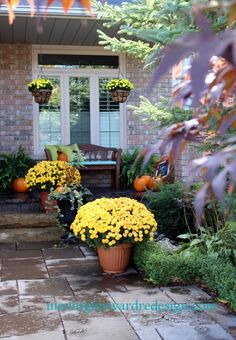 fall porch, mums - really add to the curb appeal!