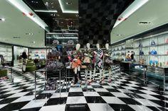 Prada store by Roberto Baciocchi, Hong Kong