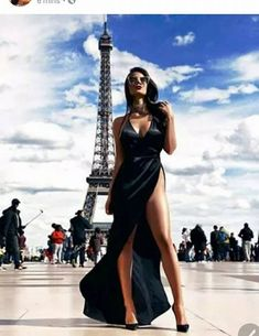 Paris is always a good idea Search for Isabella Dress Photo Model Black Evening Dresses, Sexy Dresses, Dress Outfits, Cute Outfits, How To Look Classy, Photography Poses, Glamour, Gowns, My Style