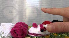 Scarpette ballerina bimba, realizzata a uncinetto. Bella, leggera e una fantastica idea regalo curata nei minimi dettagli. Per informazioni https://www.youtube.com/watch?v=uZieWG4urHQ&list=UURr2L9t0hDRxIzmM8RR5n7w Shoes ballerina girl, made crocheting. Beautiful, light and a great gift idea and accurate. For information https://www.youtube.com/watch?v=uZieWG4urHQ&list=UURr2L9t0hDRxIzmM8RR5n7w