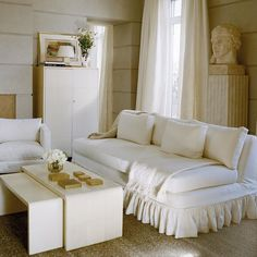 This Fifth Avenue Living Room features scored plaster walls made to echo the Frick Collection located across the street, a plaster bust from the Trocadéro in Paris, and a collection of Jean-Michel Frank furnishings Plaster Walls, Interior Decorating, Interior Design, Slipcovers, Interior Inspiration, Modern Design, Upholstery, Sweet Home, Lounge