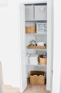13 The Best Ideas Linen Closet Organization Makeover - Jessedaro - If you're thinking that a small closet is annoying, trust me I know that feeling very well. Medicine Cabinet Organization, Linen Closet Organization, Bathroom Organization, Bathroom Storage, Organization Station, Medicine Cabinets, Office Organization, Organization Ideas, Storage Ideas