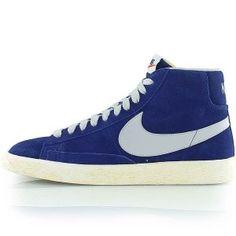 online store 29bd0 a28c8 original Baskets Nike Blazer Mid Premium Vintage Femme bleu lectrique blanc  50 de r duction