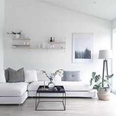 Minimalist apartment decor modern luxury ideas – with clean designs simple silhouettes and monochrome colours these minimalist living rooms prove … Living Room Interior, Home Living Room, Living Room Designs, 1 Bedroom Living Room Ideas, Living Room Decor Simple, Simple Rooms, Grey Home Decor, Cozy Living, Modern Decor