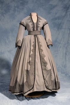 Costume designed by Walter Plunkett for Vivien Leigh in Gone With the Wind (1939)