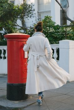The Londoner » Cream belted maxi coat and satin Sarah Jessica Parker shoes with bow detail