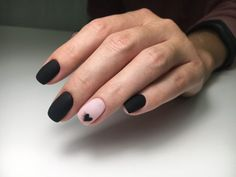 What Christmas manicure to choose for a festive mood - My Nails Classy Nails, Stylish Nails, Trendy Nails, Cute Nails, Speing Nails, Long Nail Designs, Black Nail Designs, Nail Art Designs, Minimalist Nails