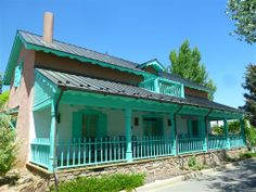 The Architect's Guide to New Mexico: Territorial Style Architecture Traits