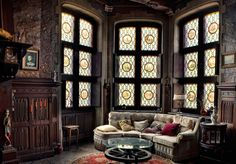 Luxury-classic-Victorian-living-room-design-classic-drum-side-table-wooden-fluted-dado-stained-glass-window-carved-wood-wall-panel-ghotic-decor-belgium-mansion-vintage-round-coffee-table-design-ideas-978x682.jpg (978×682)