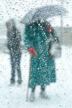 Red gloves and city rain - ©Bill Sosin http://billsosin.com/Portfolio.cfm?nK=16345&nL=0&nS=0#13