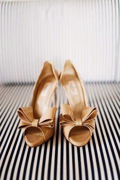 Fabulosos zapatos de novia para boda civil | Imágenes de zapatos de novias
