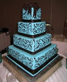 Turquoise And black Wedding Colors | turquoise and black swirl cake / wedding cakes - Juxtapost
