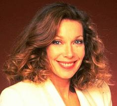 Jaime Lyn Bauer...she was the 3rd and final actress to play Dr Laura Horton, she took over from Rosemary Forsyth...Jaime was on Days from 1993-1999. She made appearances in 2003 and 2010