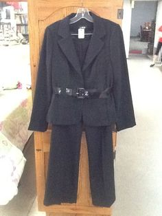 EUC! Womens 9 /Large A.BYER Black Pants and Blazer Suit #AByer #Blazer
