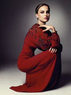 Natalie Portman in Dior. The goregousness of this photo is making me do double takes. Only two questions: did you really feel the need to photoshop her waistline? and can I have one of those dresses?