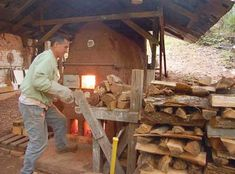 John Thies, an experienced wood firer, shares his wood kiln plans for building a small, instructional wood kiln. If you've ever thought of building a wood kiln, don't miss the great information in these wood kiln plans.