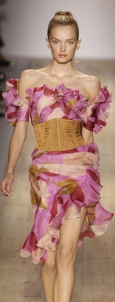 Lily Donaldson for Emanuel Ungaro Runway Fashion, Spring Fashion, High Fashion, Womens Fashion, Lily Donaldson, Haute Couture Dresses, Designer Evening Dresses, French Fashion Designers, Classy And Fabulous