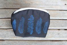 Small Makeup Bag Cosmetic Bag Zipper Pouch by VaudevilleHippie