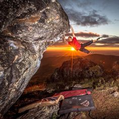 www.boulderingonline.pl Rock climbing and bouldering pictures and news Stoked to capture @m
