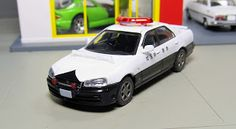 LV-N127a Nissan Skyline 25GT Turbo Patrol Car Saitama Prefecture Police tomica limited vintage