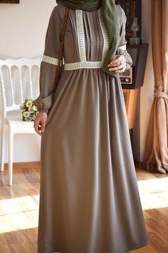 Abaya Fashion, Modest Fashion, Women's Fashion Dresses, Muslim Women Fashion, Islamic Fashion, Velvet Dress Designs, Casual Formal Dresses, Sleeves Designs For Dresses, Stylish Dress Designs