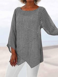 Crew Neck Long Sleeve Paneled Holiday Shirts & Tops fylcst - Women Long Sleeve Shirts - Ideas of Wom Striped Long Sleeve Shirt, Long Sleeve Shirts, Striped Shirts, Striped Tops, Casual Tops For Women, Grey Women's Tops, Casual T Shirts, Types Of Sleeves, Clothes