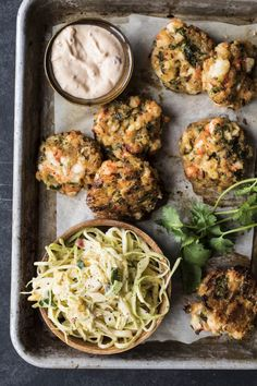 Prawn Fritters with Cabbage and Mango Salad Clean Recipes, Veggie Recipes, Baby Food Recipes, Seafood Recipes, Salad Recipes, Vegetarian Recipes, Cooking Recipes, Healthy Recipes, Prawn Fritters