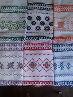 Swedish Weaving, Quilts, Blanket, Crafts, Dish Towels, Cross Stitch Embroidery, Chicken Crafts, Simple Embroidery, Cross Stitch Samplers