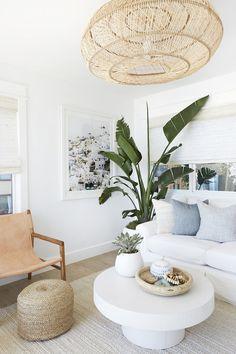 Hamptons Living Room, Beach Living Room, Beach House Bedroom, Living Room Decor, Beach Room, Hamptons Bedroom, Hamptons Home, Hamptons Beach Houses, Zen Living Rooms