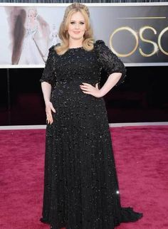 Adele had really shown to the world that no matter what size you are, you can totally work the red carpet with ease. Just look at all her looks on the red carpets..it's just so effortlessl and timeless.  Both the style and the make up. This shows that she really knows hoe to pick dresses that indeed work for her body type and make her look ever so sophisticated.