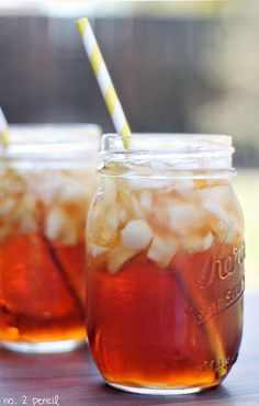 Perfect Sweet Tea Recipe - there is a secret ingredient!I was searching online for a sweet tea recipe and I came across this one. This has to be one of the best drinks that i have ever had. I'm pretty sure I will never buy iced tea mix ever again. Sweet Tea Recipes, Iced Tea Recipes, Cocktail Recipes, Drink Recipes, Refreshing Drinks, Summer Drinks, Cold Drinks, Non Alcoholic Drinks, Cocktails