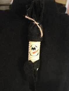 Primitive Spring Snowman Ornament by PrimOuthouse on Etsy, $5.00