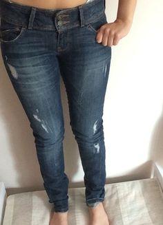 Kup mój przedmiot na #vintedpl http://www.vinted.pl/damska-odziez/dzinsy/14567254-spodnie-dzinsowe-bershka