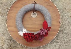 #Handmade #Gift Idea: Yarn Wrapped Wreath from Catshy Crafts!