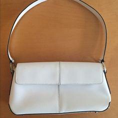 Francesco Biasia Leather Handbag Gently worn white bag Francesco Biasia Bags
