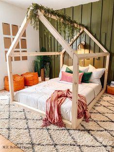 Beds Uk, Kid Beds, Home Decor Bedroom, Kids Bedroom, House Beds For Kids, Kids Room Wallpaper, Big Girl Rooms, Kids Room Design, Large Bedroom