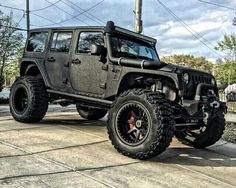 Off-Roading is Life. Auto Jeep, Jeep Jk, Jeep Truck, Jeep Wrangler Rubicon, Jeep Wrangler Unlimited, Cool Jeeps, Cool Trucks, Vw R32 Mk4, M Bmw