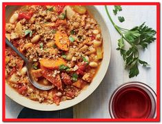 A bit of sausage adds a zesty kick to this hearty slow-cooker-sausage-cassoulet Sausage Crockpot Recipes, Slow Cooker Recipes, Cassoulet Recipe Slow Cooker, Cooking Light Recipes, Easy Cooking, Slow Cooking, Healthy Cooking, Quick Meals, Dieting Foods
