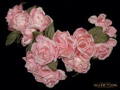 Rius de Forns Barcelona: El talento de nuestras modistas se refleja en los sensacionales diseños de flores. #Flores #Tocados #Complementos #Diseño #Estilo #Rosa