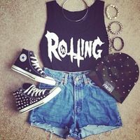 Suuuch a cute Grunge Outfit for the Summer.