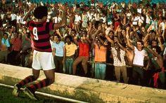 Gol de Dario - 1974 - Flamengo 5x1 Corinthians com shows de Dadá e Zico. Detalhe: foi de virada