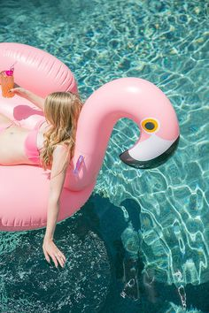 So getting one of these giant flamingo floaties seems like a must this summer! | Top 5 Pins: Independence Day Activities - HelloSociety Blog